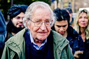 Noam_Chomsky_2011-04-07_002