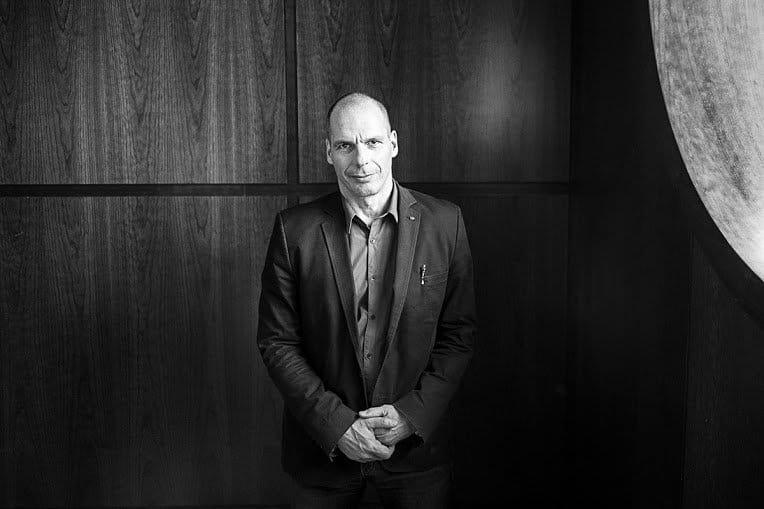 Yanis Varoufakis - Robotersteuer