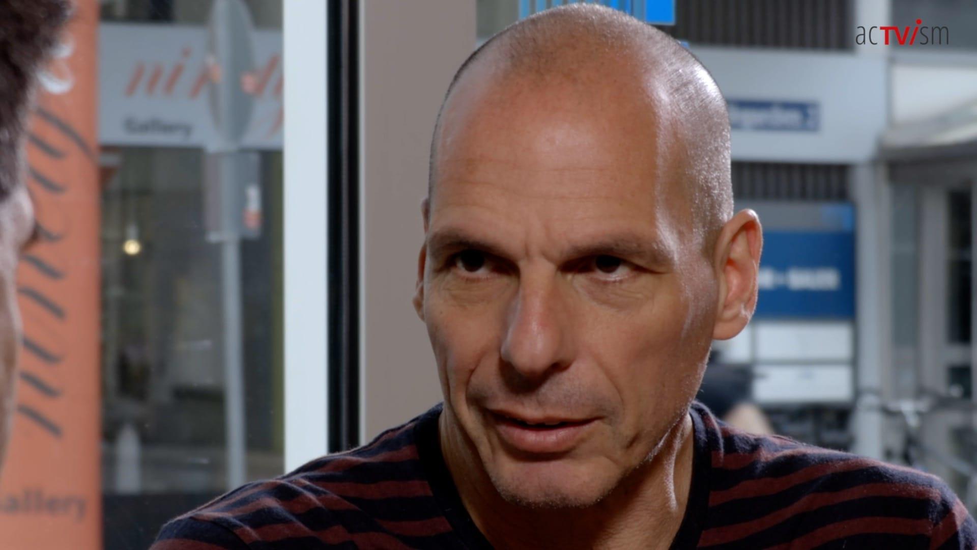 Yanis Varoufakis julian Assange