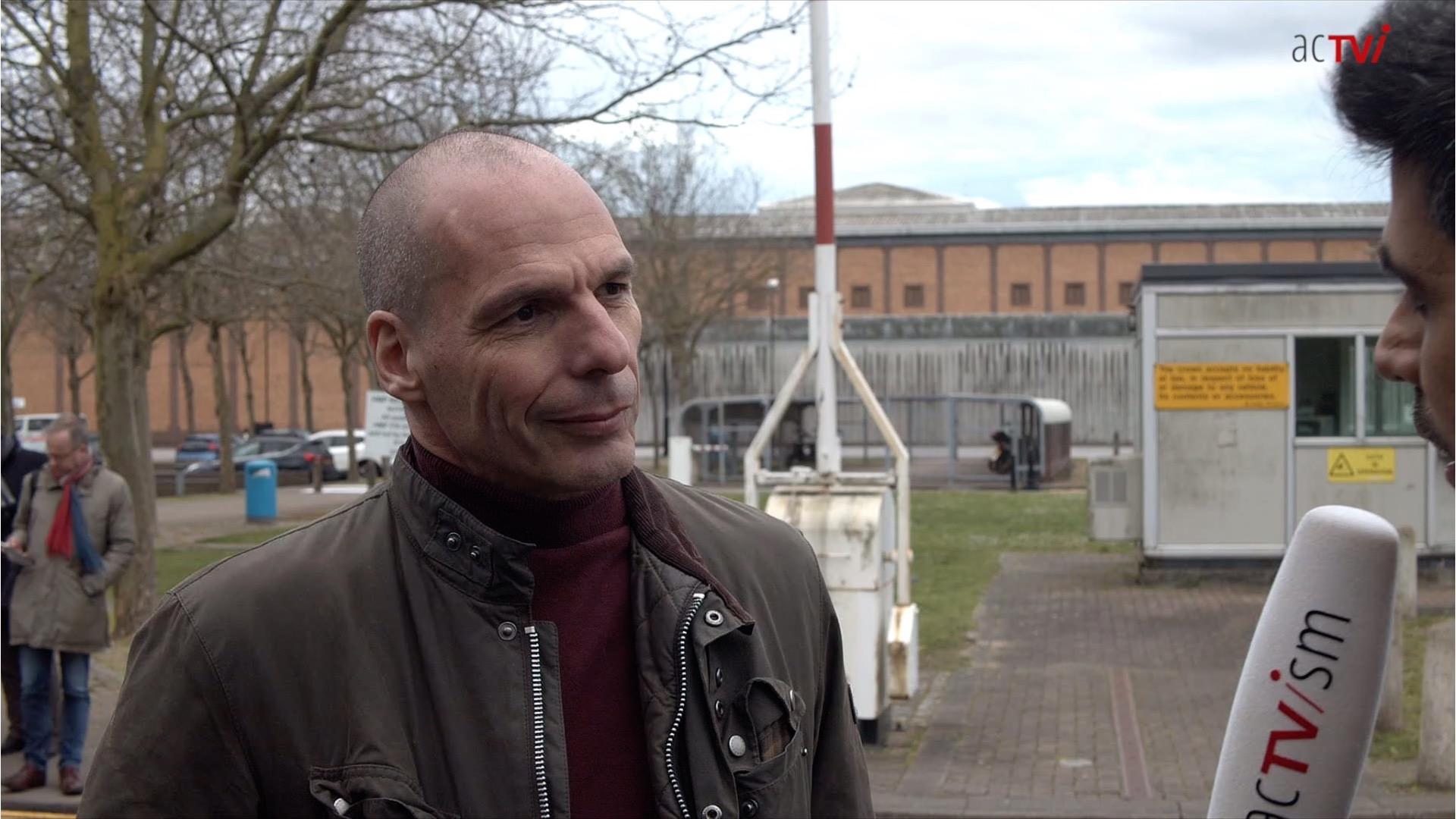 Julian Assange Yanis Varoufakis