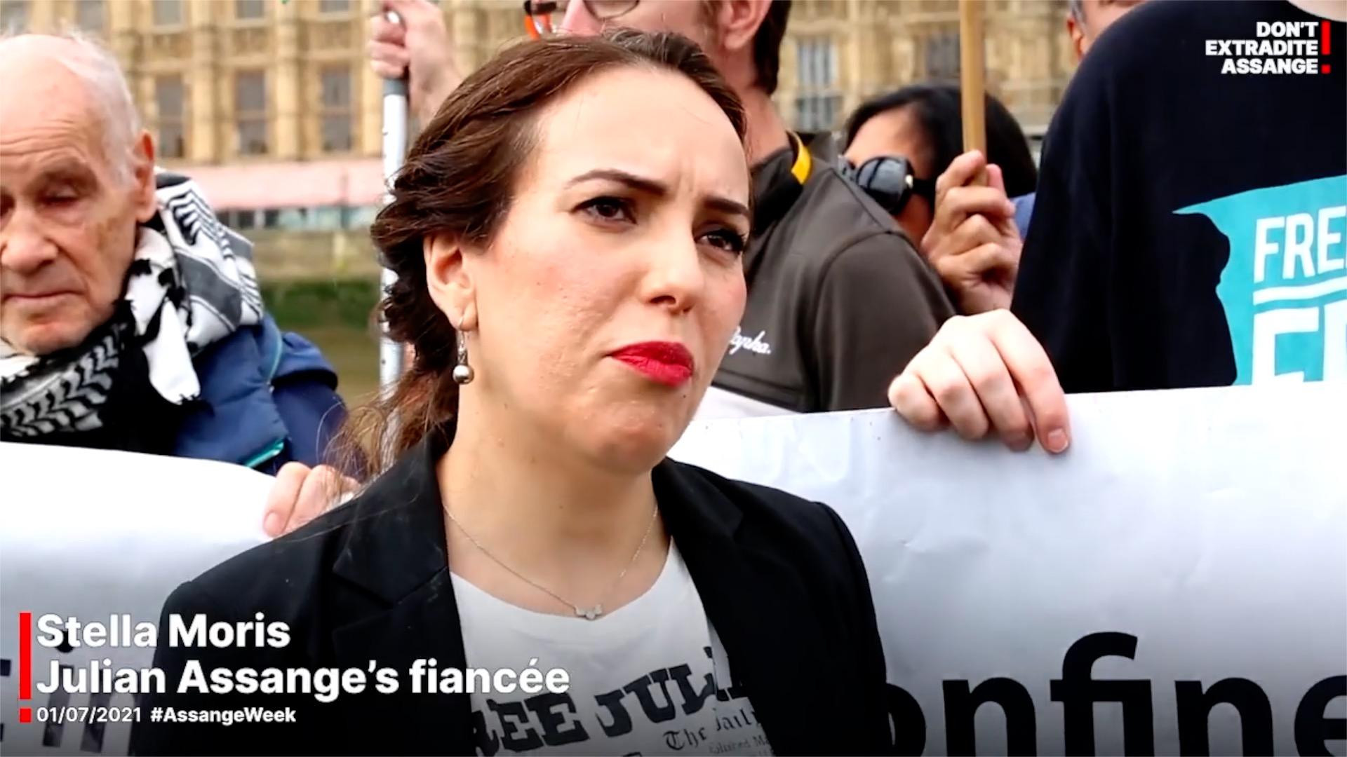 In diesem Interview liefert Stella Moris, die Lebensgefährtin von Julian Assange, den neuesten Stand im Assange-Prozess.
